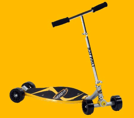 FUZION ASPHALT ULTIMATE CARVING SCOOTER